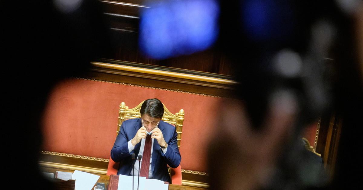 Conte convoca i giornalisti a tarda sera Solo un colossale fraintendimento. Clamorosa crisi di nervi per Renzi