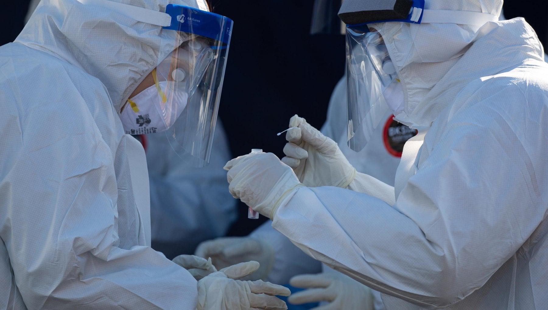 Coronavirus nel mondo il vaccino arriva in Canada oggi comincia la distribuzione
