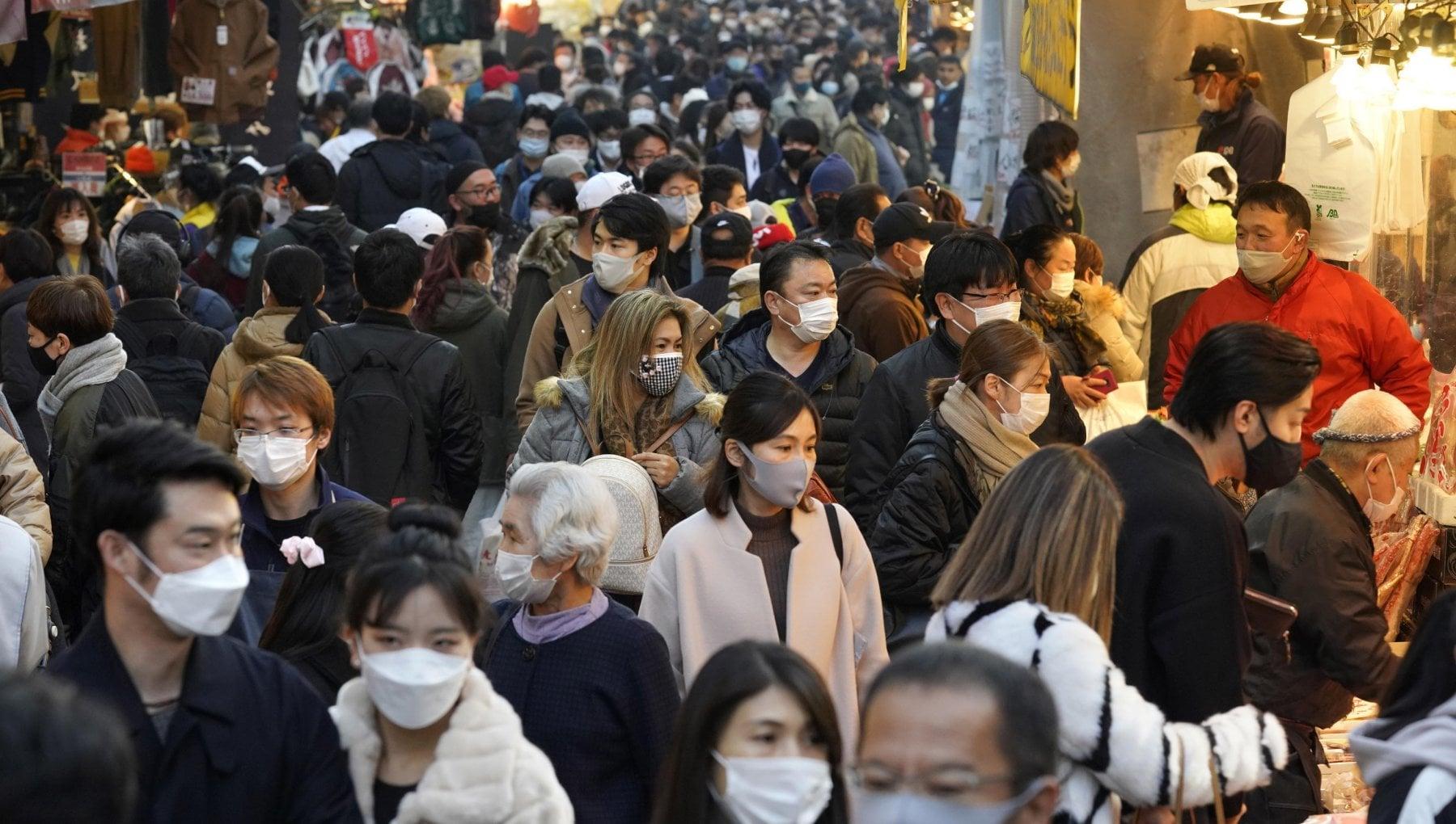 Coronavirus nel mondo superata quota 18 milioni di morti