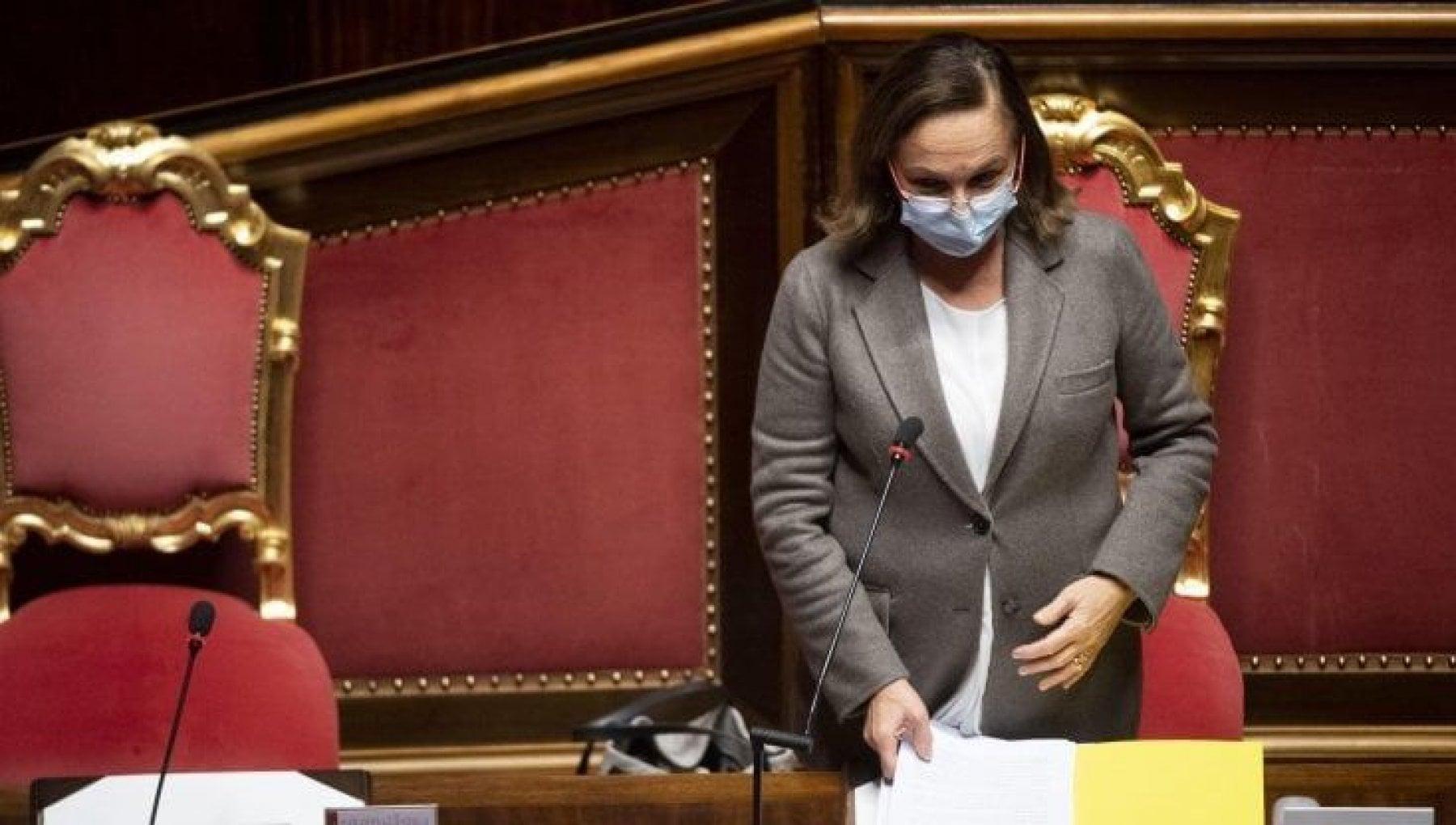 Covid la ministra Lamorgese e negativa il risultato del primo tampone era un falso positivo