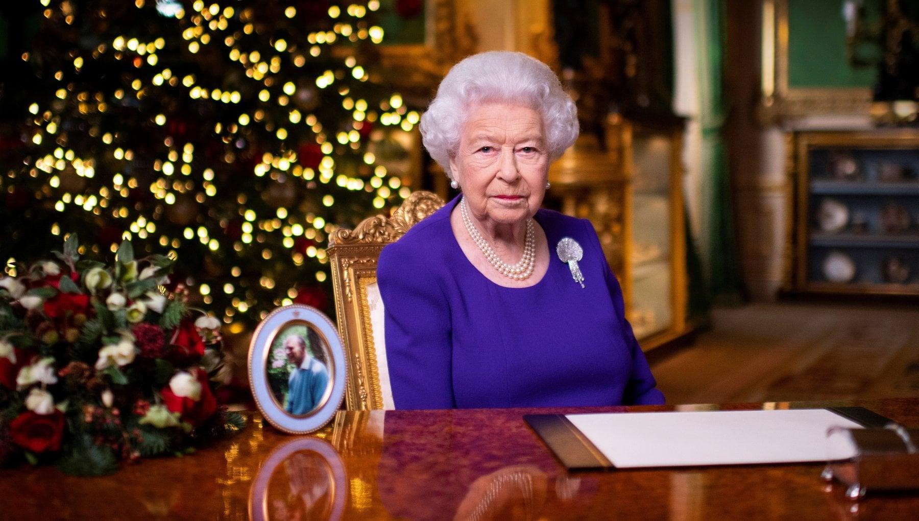 Dalla regina Elisabetta il discorso alla nazione dal castello di Windsor Che la speranza ci guidi nei tempi a venire
