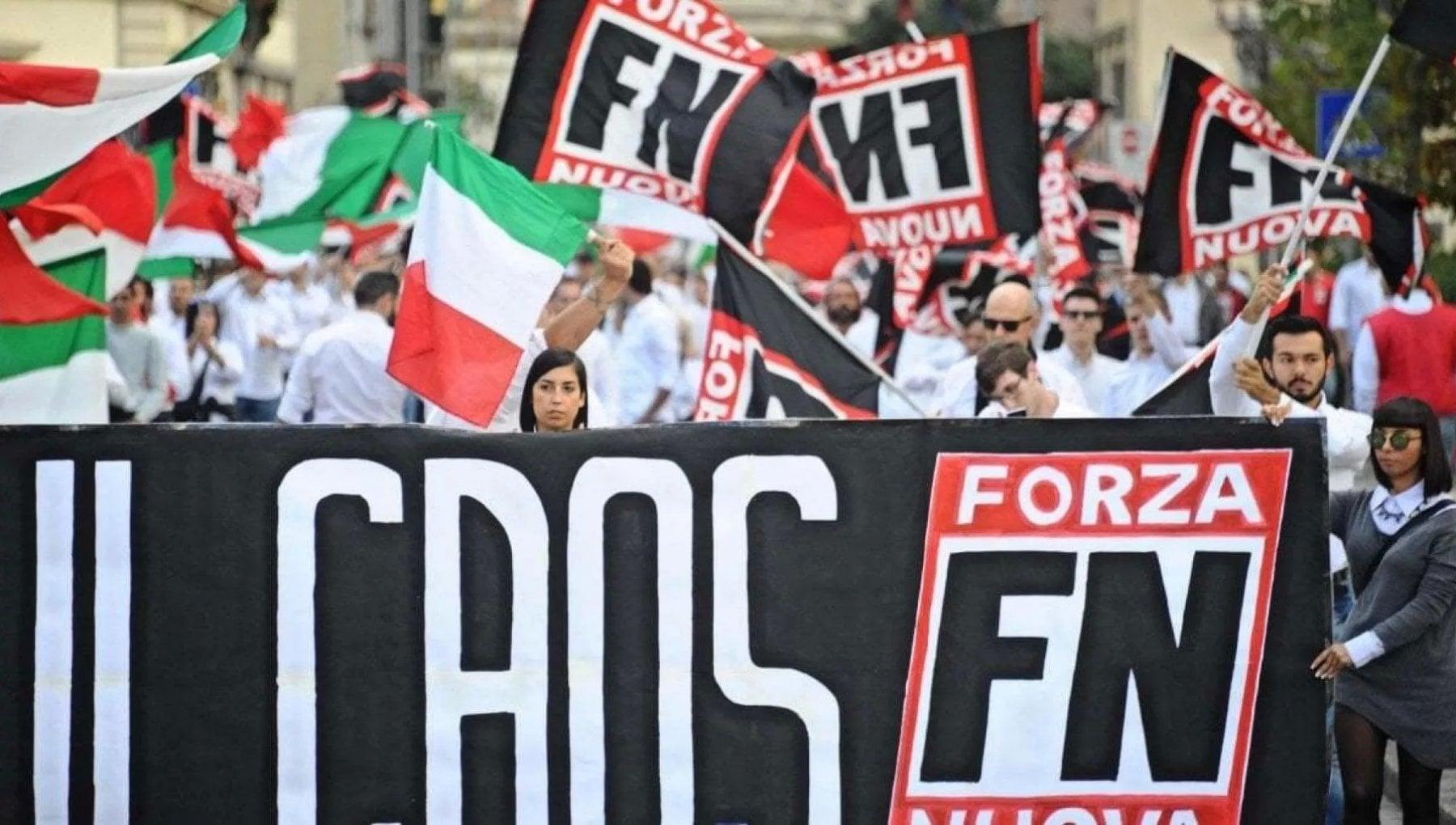 Destra Forza Nuova si scioglie e confluisce in Italia Libera con gilet arancioni e no mask