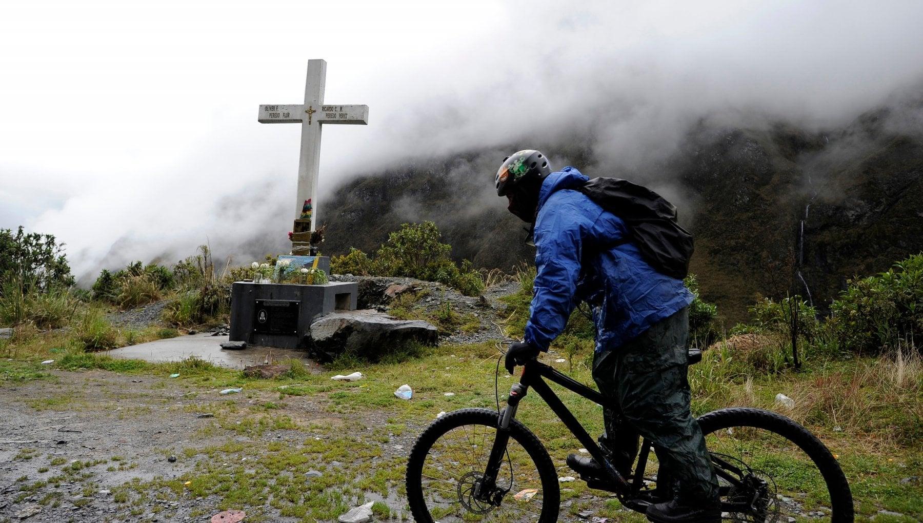 Ferie obbligate ai dipendenti pubblici purche facciano vacanza in patria. Lidea della Bolivia per rilanciare il turismo