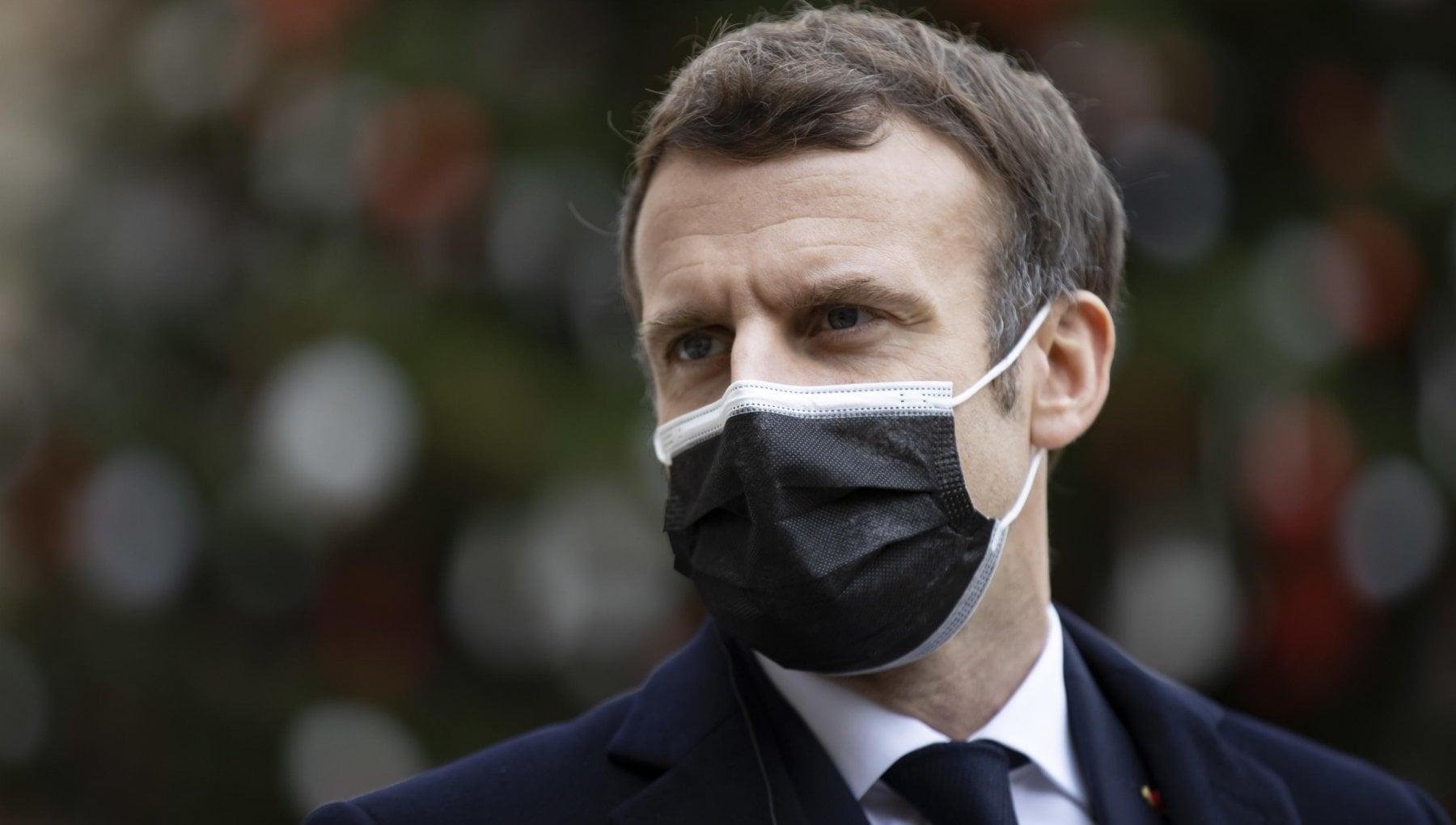 Francia il presidente Macron positivo al test Covid. LEliseo Svolgera il suo lavoro a distanza