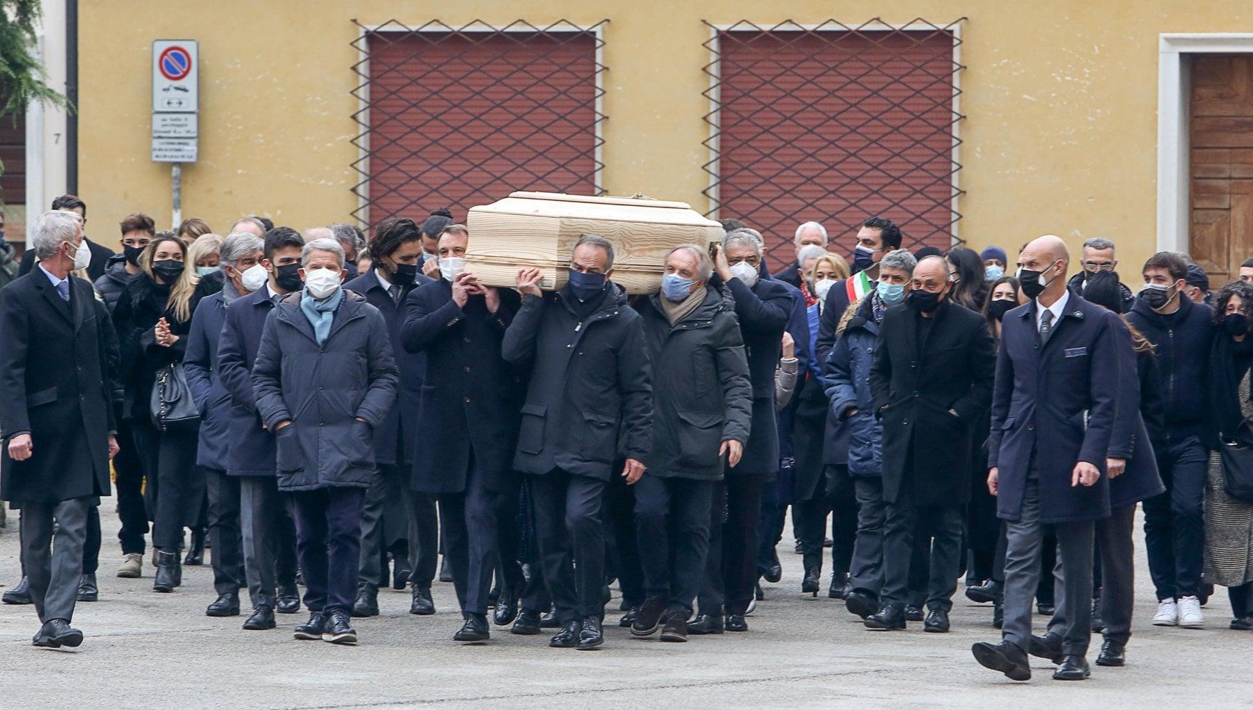 Furto in casa di Paolo Rossi nel giorno del funerale