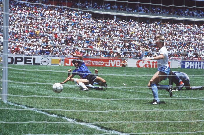 Hodge Non vendo la maglia di Maradona contro Inghilterra