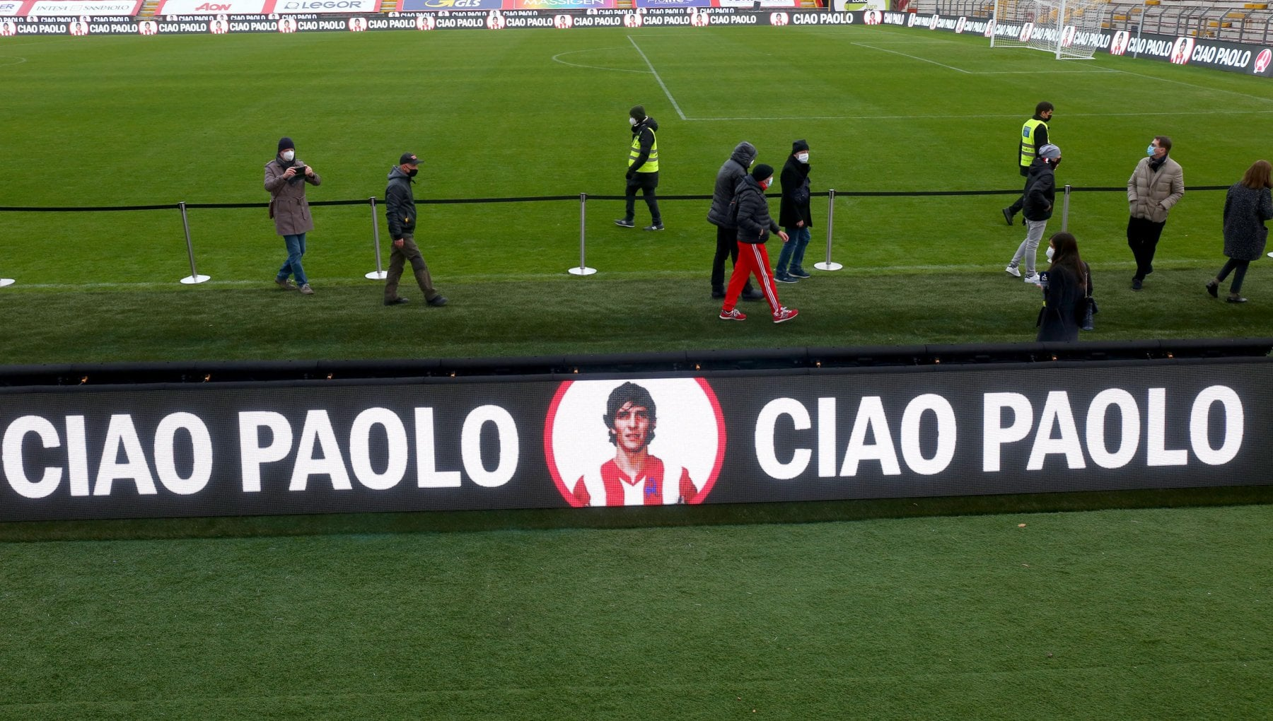 Il Covid i Giochi e gli Europei saltati la scomparsa dei miti Maradona e Paolo Rossi un 2020 difficile per lo sport