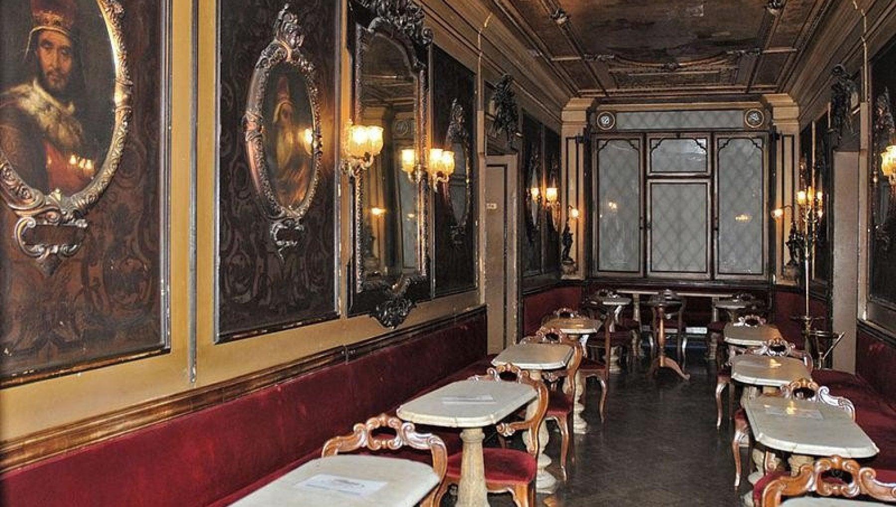 Il caffe Florian spegne 300 candeline. Ma in una Venezia vuota rischia di essere lultima