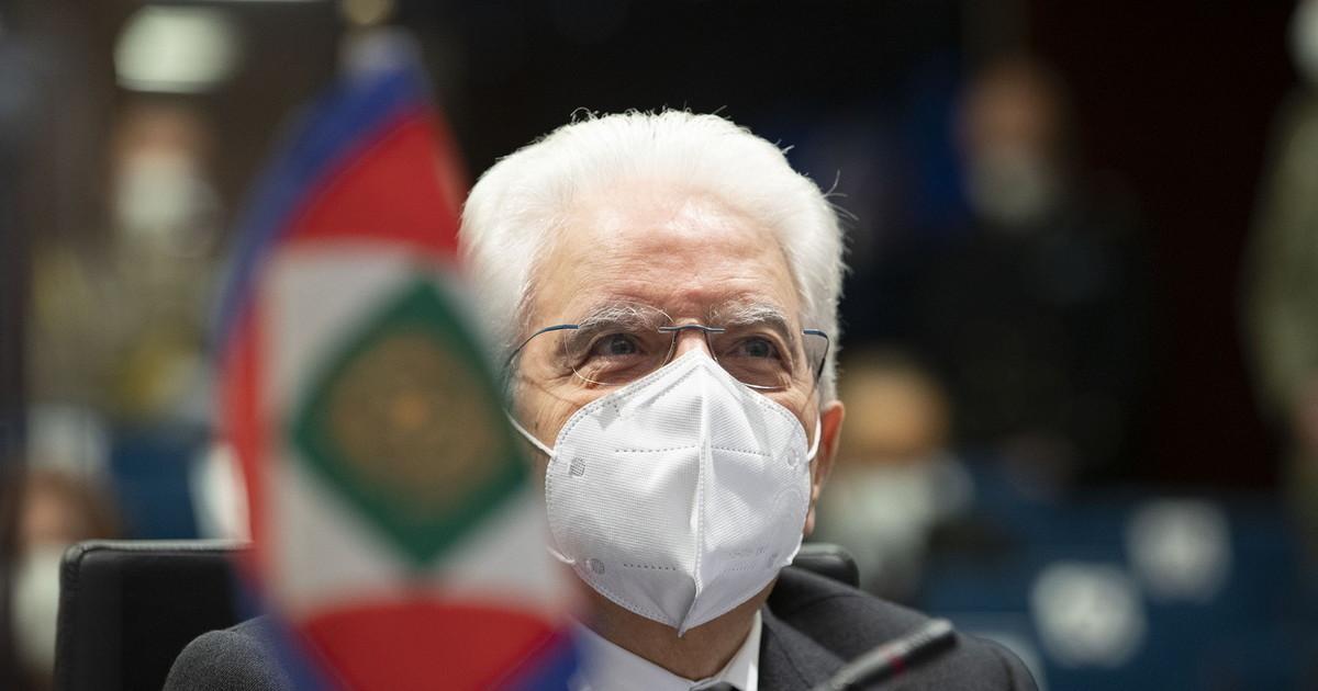 Il presidente Tentenna ci condanna alla Troika. Bisignani retroscena choc laccusa a Sergio Mattarella