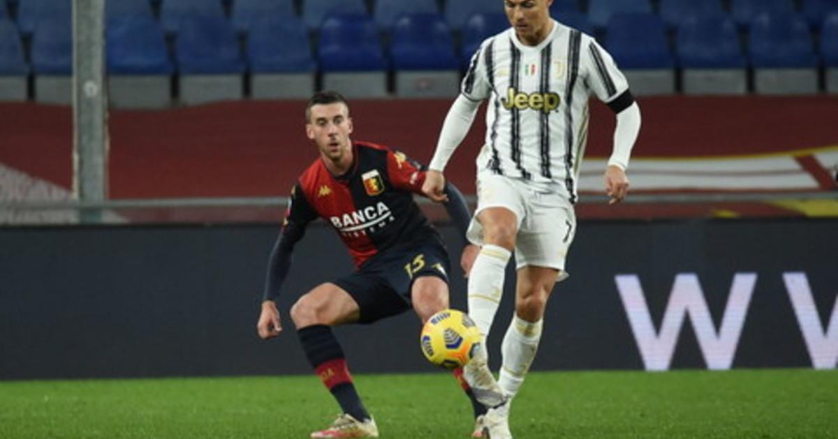 La Juve passa in casa Genoa gol Dybala e doppietta Ronaldo su rigore