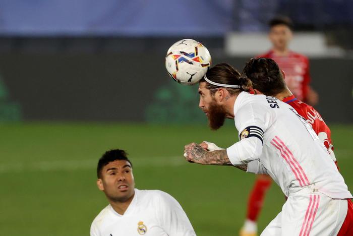 La Liga 2 0 a Real Sociedad lAtletico resta primo