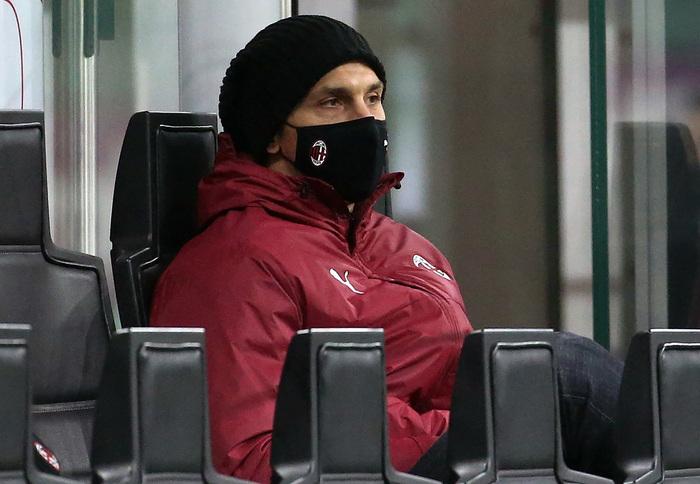 Milan Ibrahimovic si allena ma cautela sul rientro