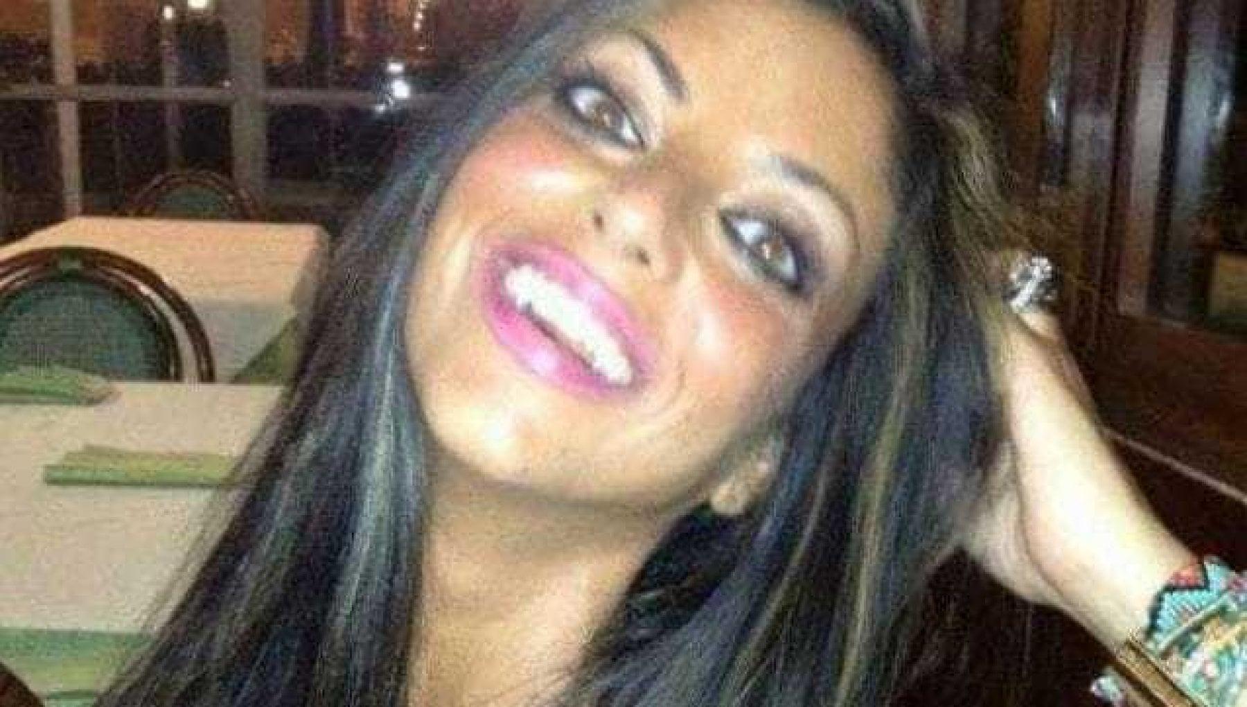 Morta suicida dopo video 19 anomalie su iPhone e tablet di Tiziana Cantone