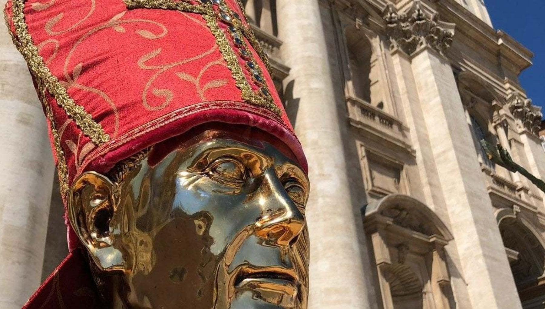 Napoli non si ripete il miracolo di San Gennaro Il sangue e solido