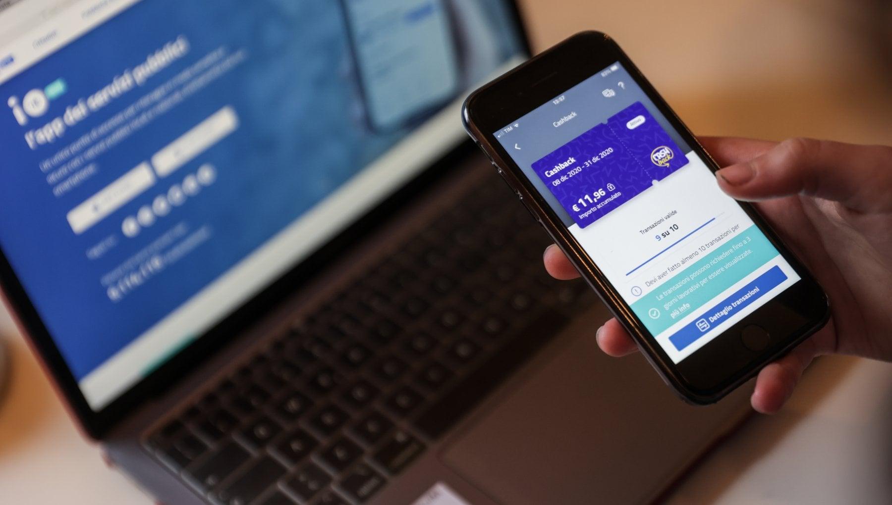 Nasce il servizio civile digitale mille giovani aiuteranno chi non sa usare Spid e servizi online