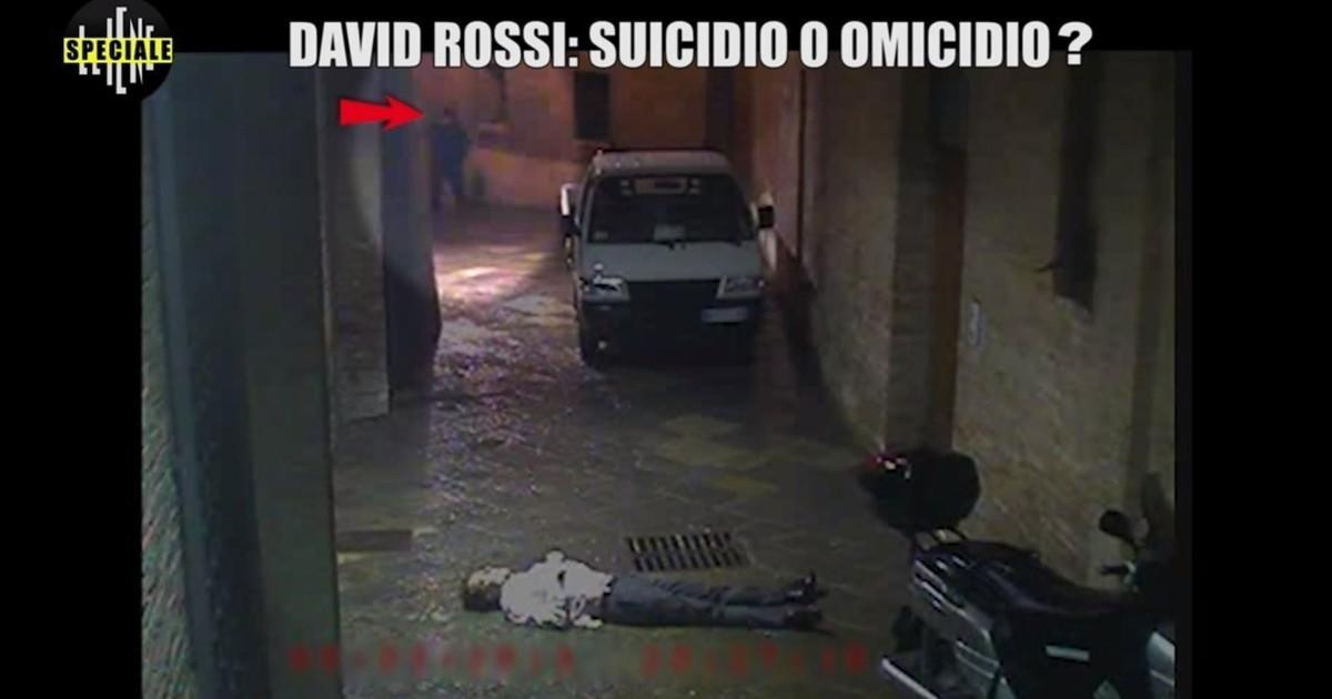 Non indagare non fare domande. Morte David Rossi ora parla il carabiniere scoop delle Iene una pazzesca teoria sul suicidio