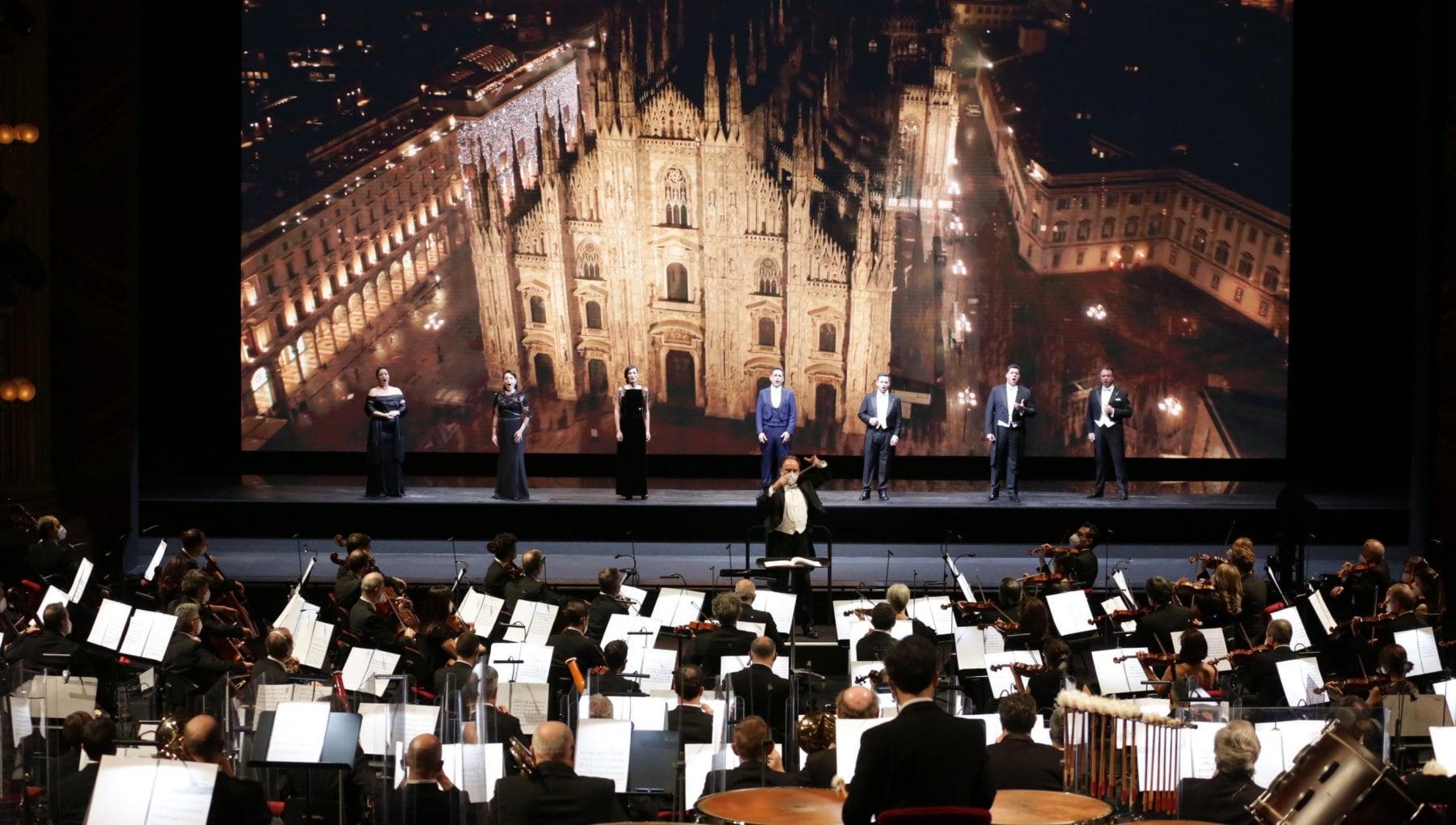 Perdite e teatro chiuso per il Covid linverno della Scala dopo la Prima kolossal