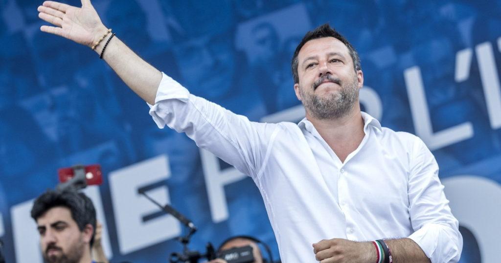 Quante cresciuta la Lega in 7 giorni. Sondaggione nel giorno del processo Salvini incoronato sinistra impazzita
