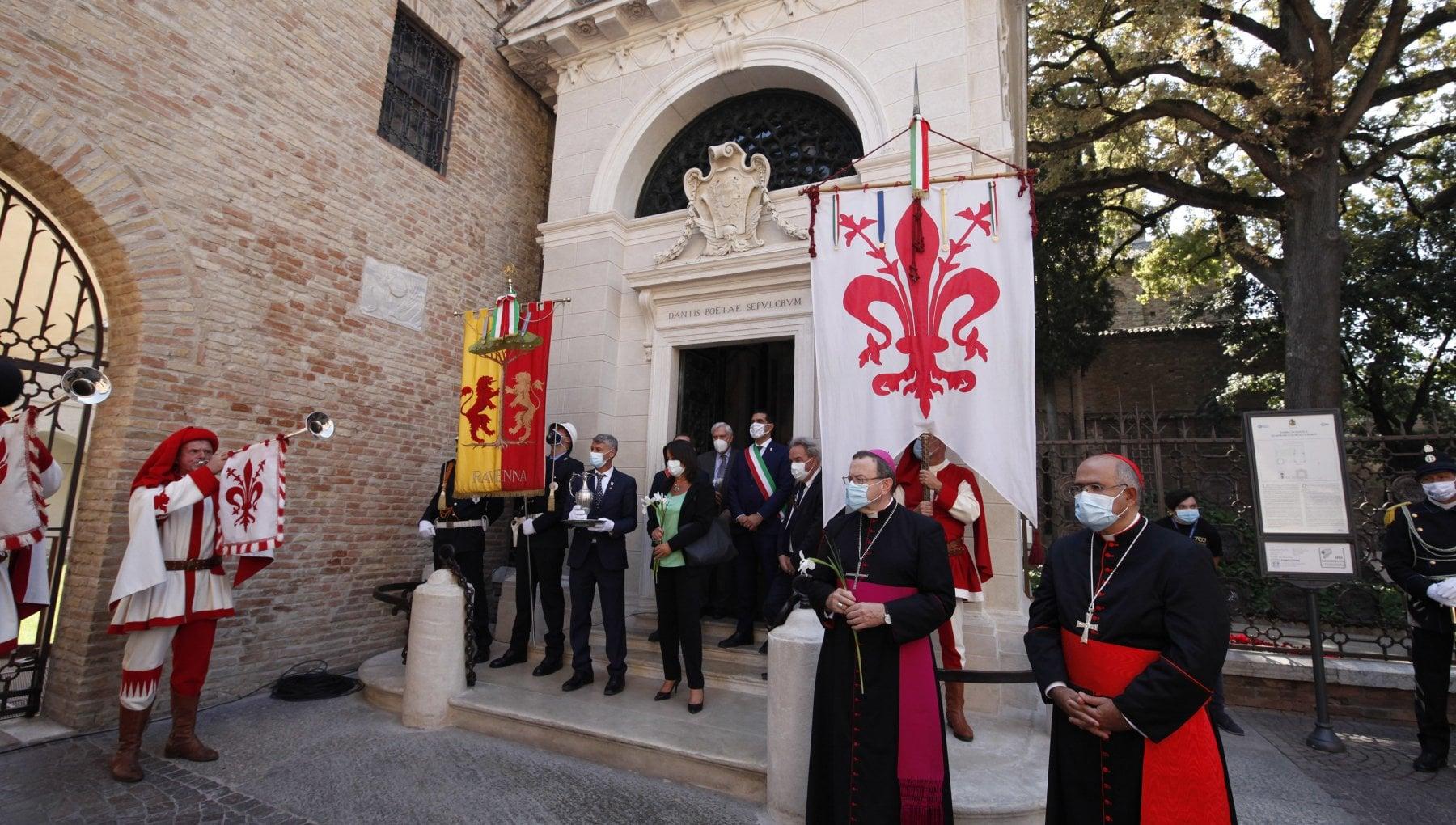 Ravenna e Dante non aprite quella tomba