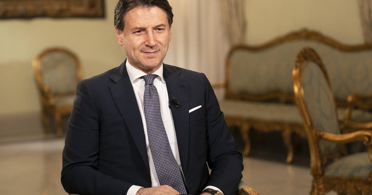 Renato Farina su Conte lazzeccagarbugli Da pifferaio a piffero ormai incanta solo il Corriere della Sera