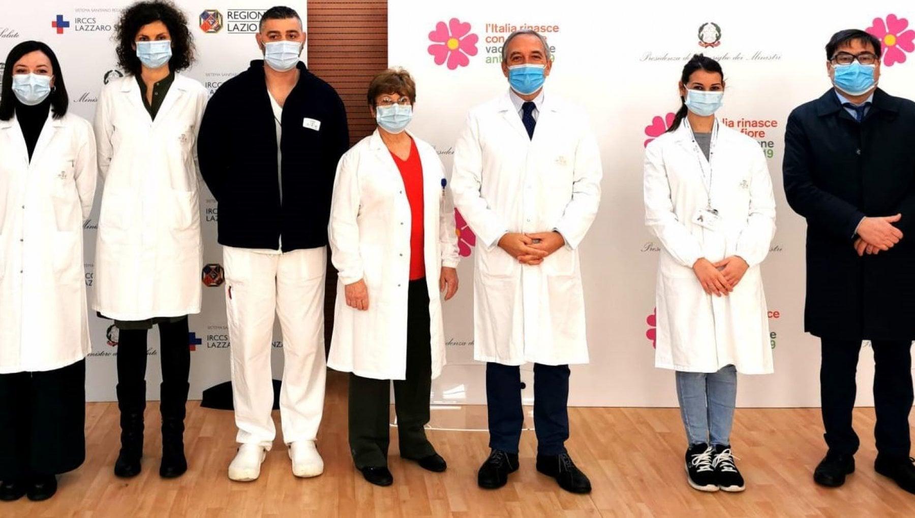Roma Spallanzani Vax Day oggi il primo vaccino. Claudia Alivernini linfermiera simbolo Il mio e un atto damore