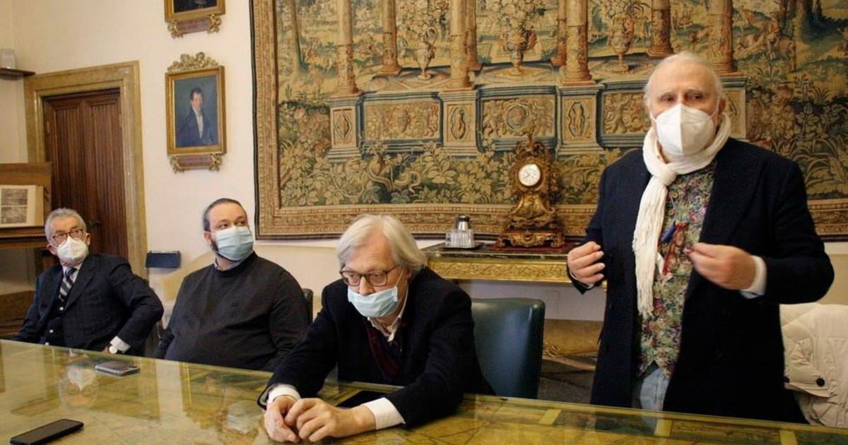 Salvini dittatore La Lega nomina direttore il suo peggior nemico a sinistra che dicono