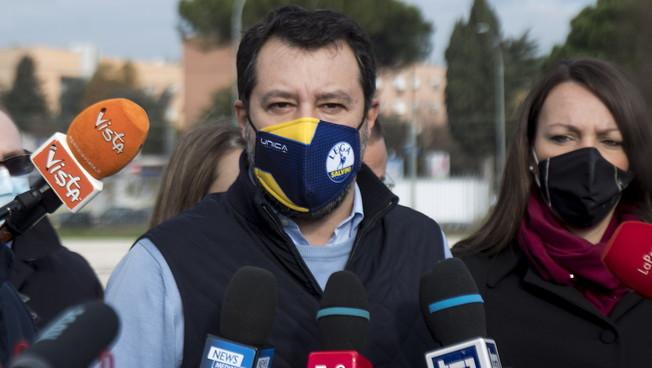 Solo per un po di visibilita. Salvini un diktat da leader messaggio pesantissimo a Cav e Meloni