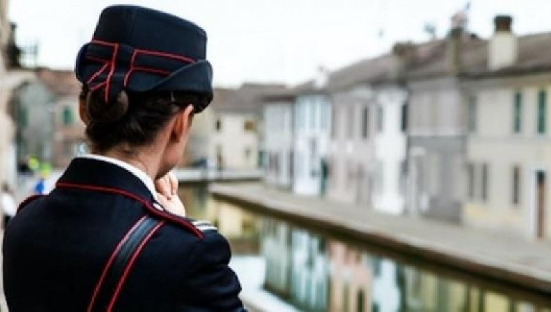 Torino una carabiniera nella rete del revenge porn Mandami altre foto hot o diro tutto ai tuoi superiori