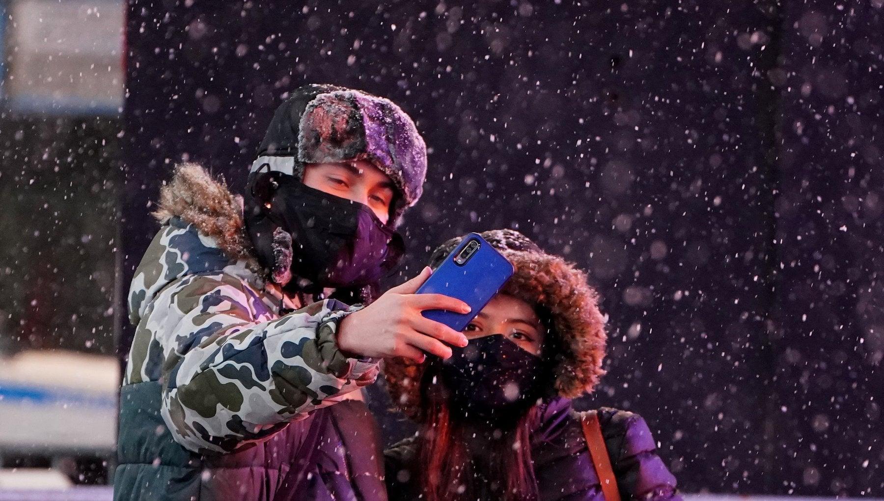 Usa a NY la piu violenta tempesta di neve da anni