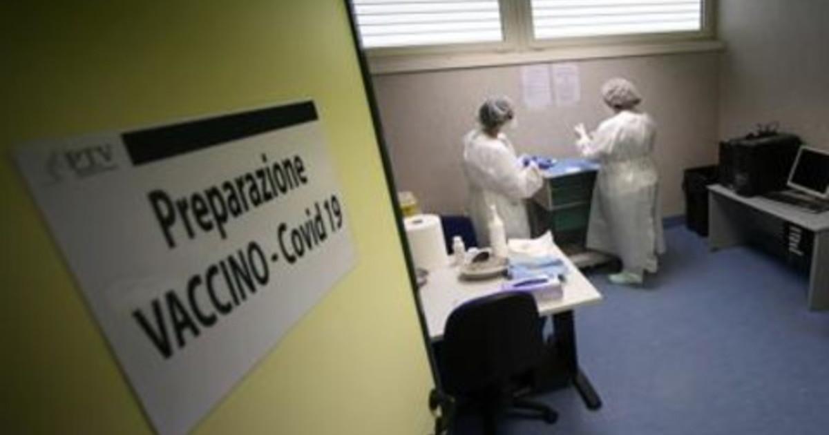 Vaccino Covid Locatelli Per lItalia 62 mln di dosi Pfizer e Moderna