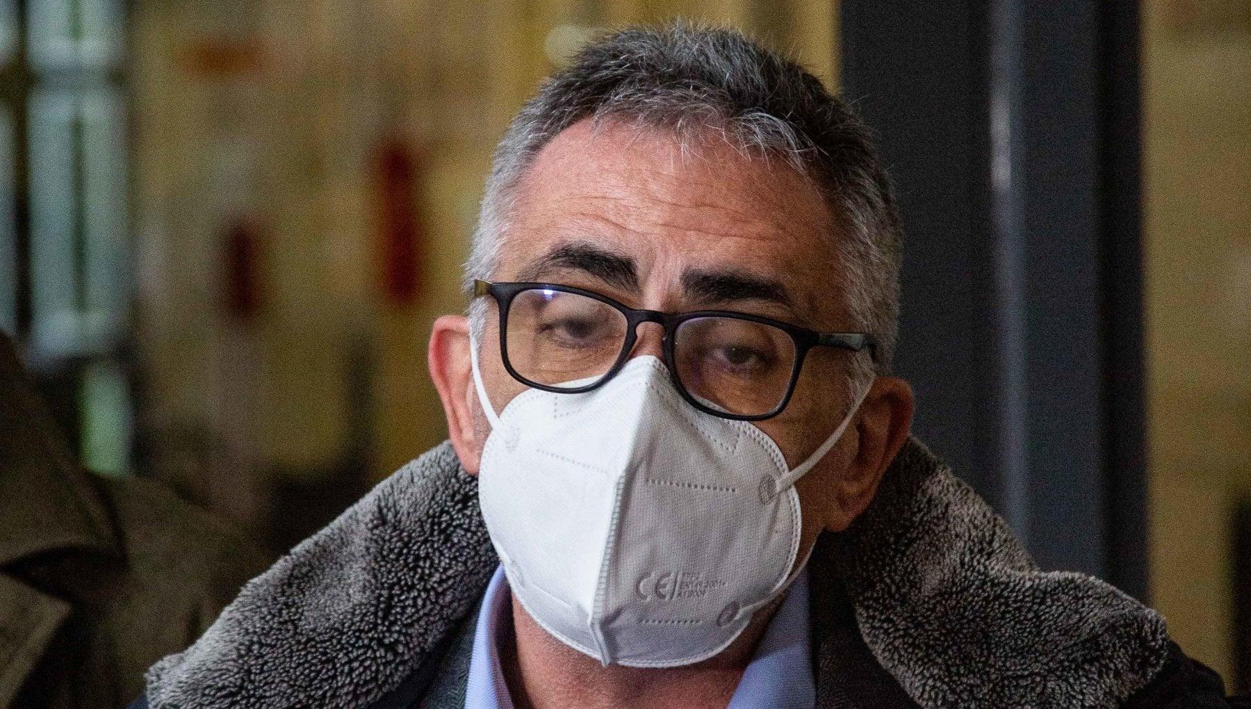 Virus il monito di Pregliasco Mascherine fino a quando non avremo il 70 di vaccinati