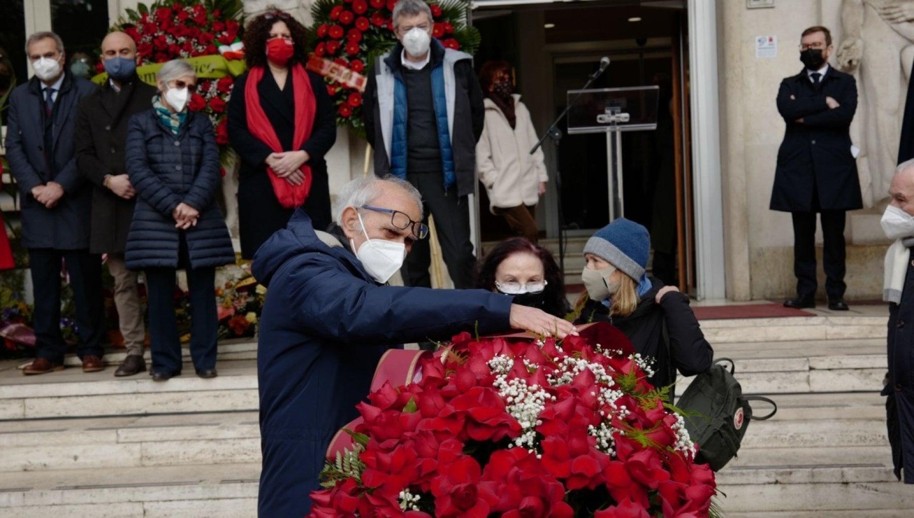 Addio a Emanuele Macaluso il combattente che si ricordava tutto lultimo saluto nel giorno del centenario del Pci
