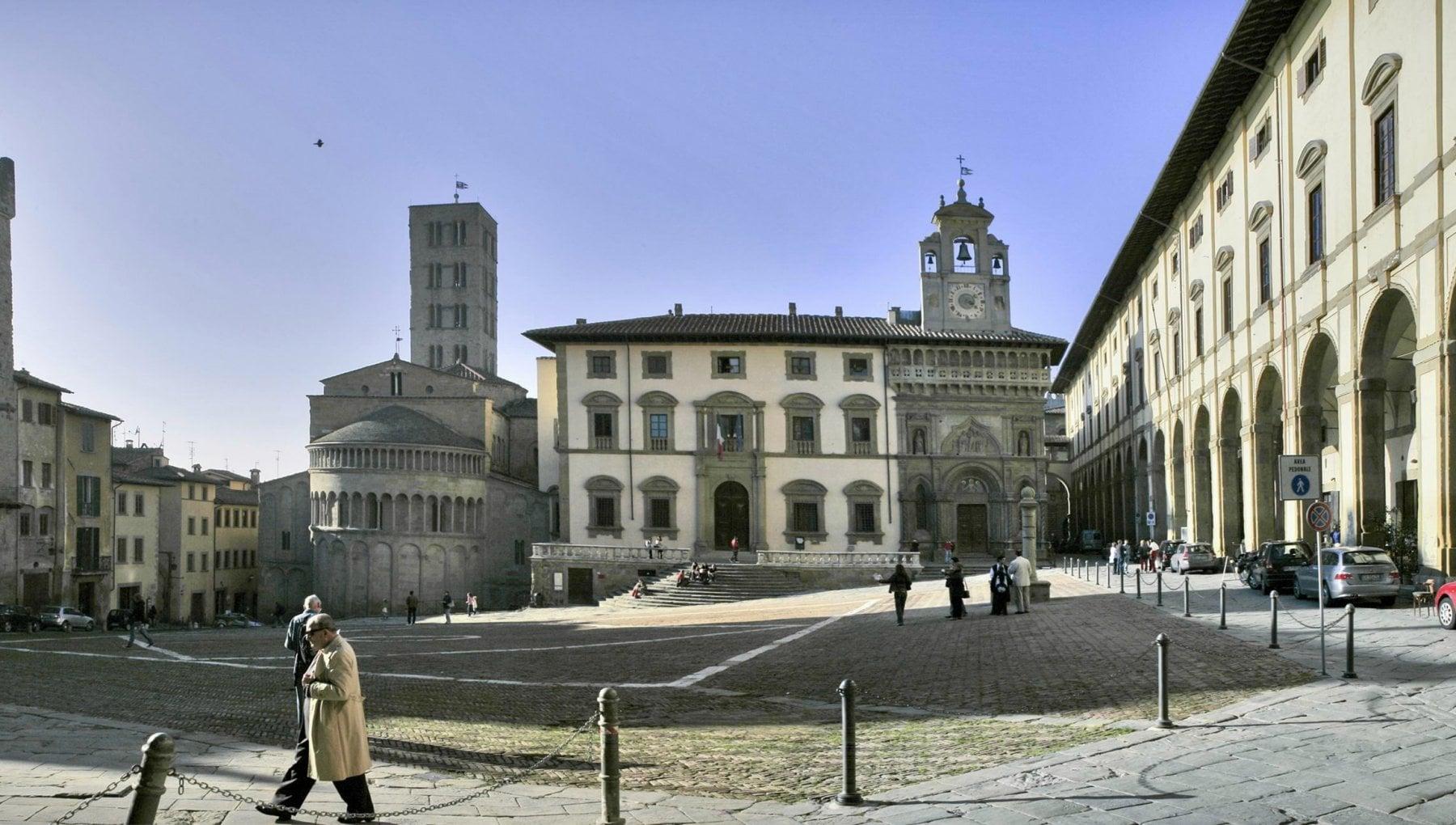 Arezzo incursione di hacker nazifascisti durante una diretta per la Giornata della Memoria