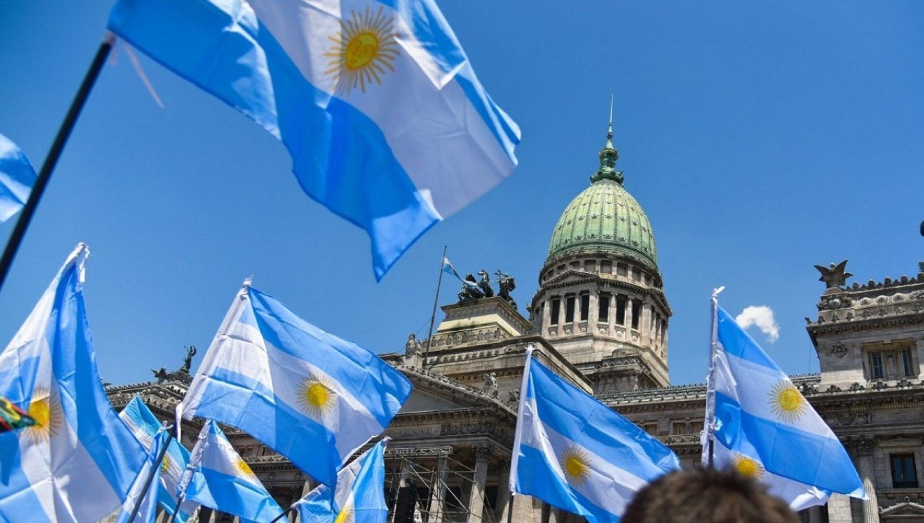 Argentina con alinflazione al 36 lo spettro di una nuova crisi economica