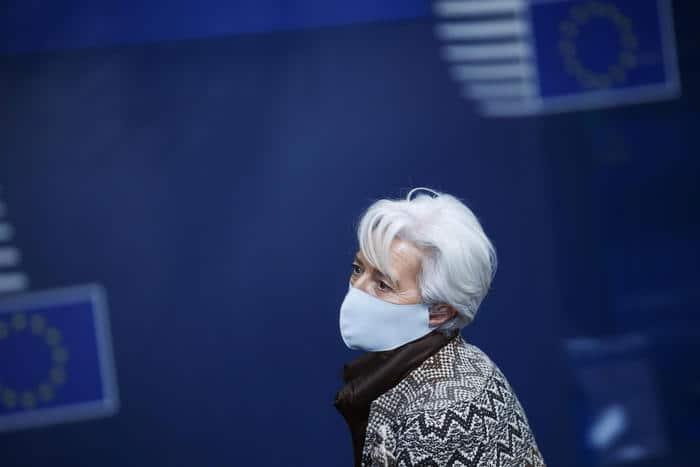 Bce rischi gravi per leconomia. Allarme sullItalia