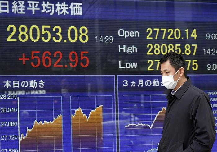 Borsa Asia brillante fiducia in stimoli Usa Tokyo 104