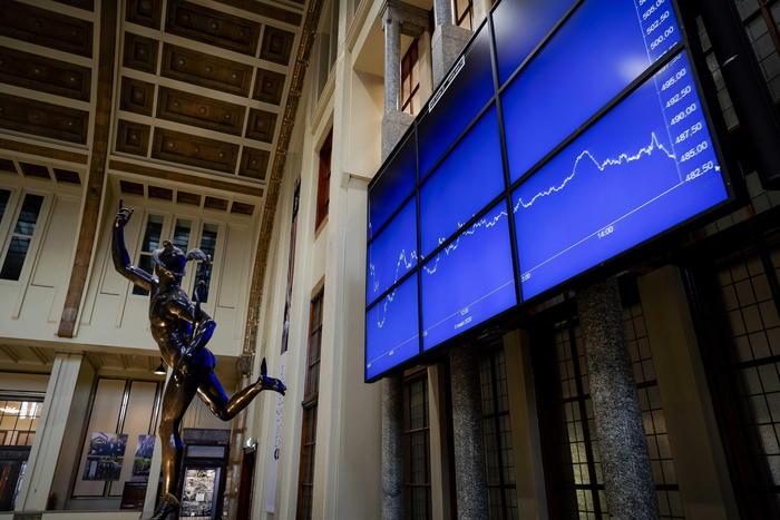 Borsa Europa accelera dopo avvio Wall Street Milano 16