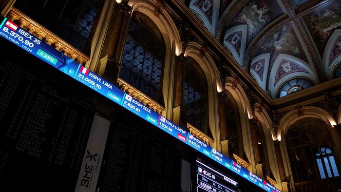 Borsa Europa tiene nonostante avvio debole Wall Street