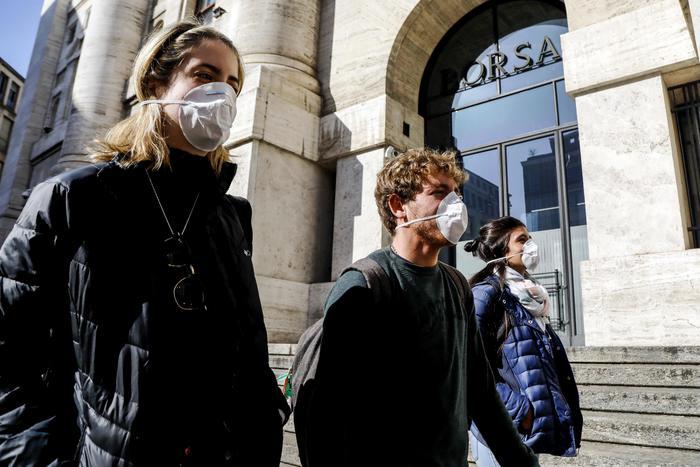 Borsa Milano migliora 06 non le banche