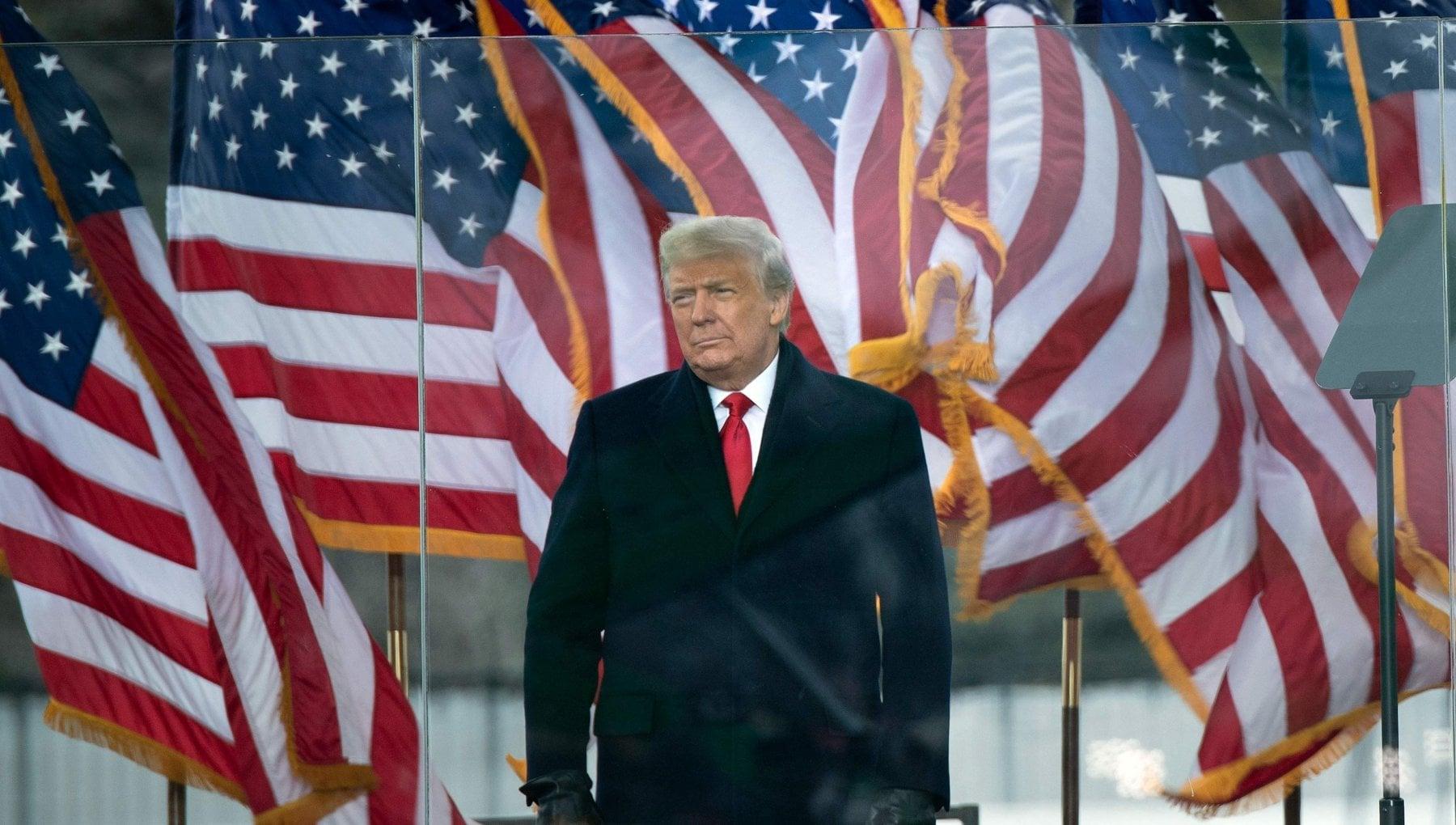 Braccio di ferro a Washington migliaia in piazza per Trump il Congresso pronto a certificare la vittoria di Biden. Il presidente Non ci arrenderemo