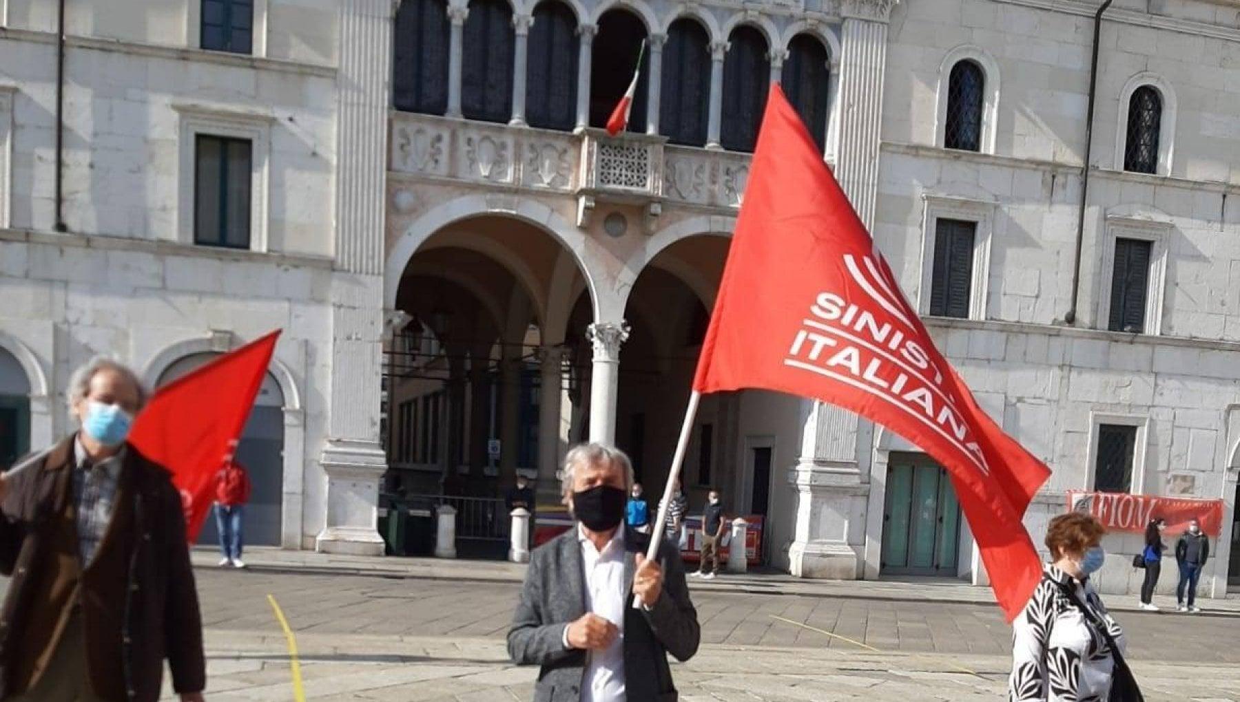 Brescia blitz fascista con svastiche e insulti durante una riunione in rete di Sinistra italiana