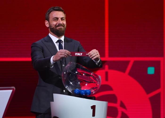 Calcio De Rossi In Italia ci sono squadre inguardabili