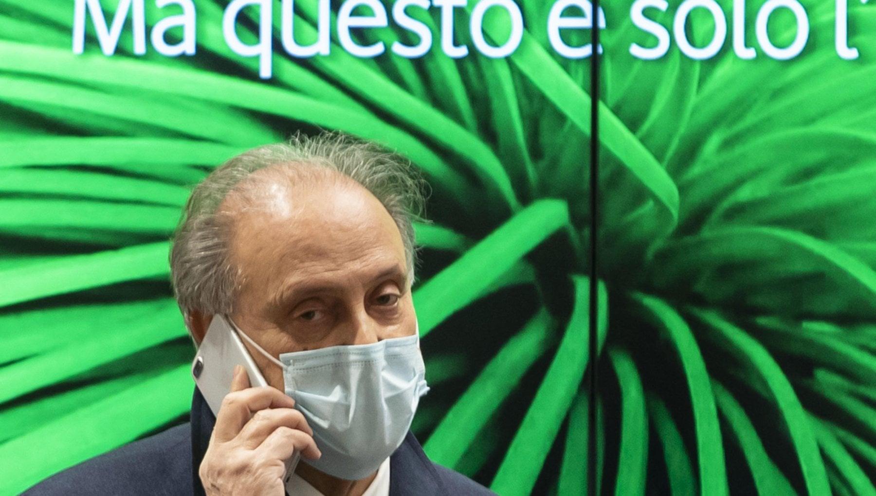 Cesa dalla Dc a Berlusconi. La parabola di un mercante di potere