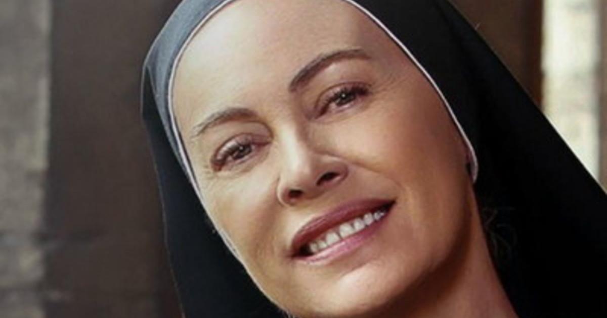 Che Dio ci aiuti Elena Sofia Ricci torna nei panni di suor Angela