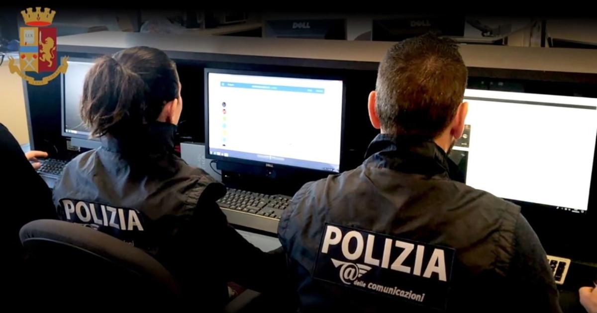 Chiede soldi per non pubblicare foto hot 14enne arrestato nel Bresciano