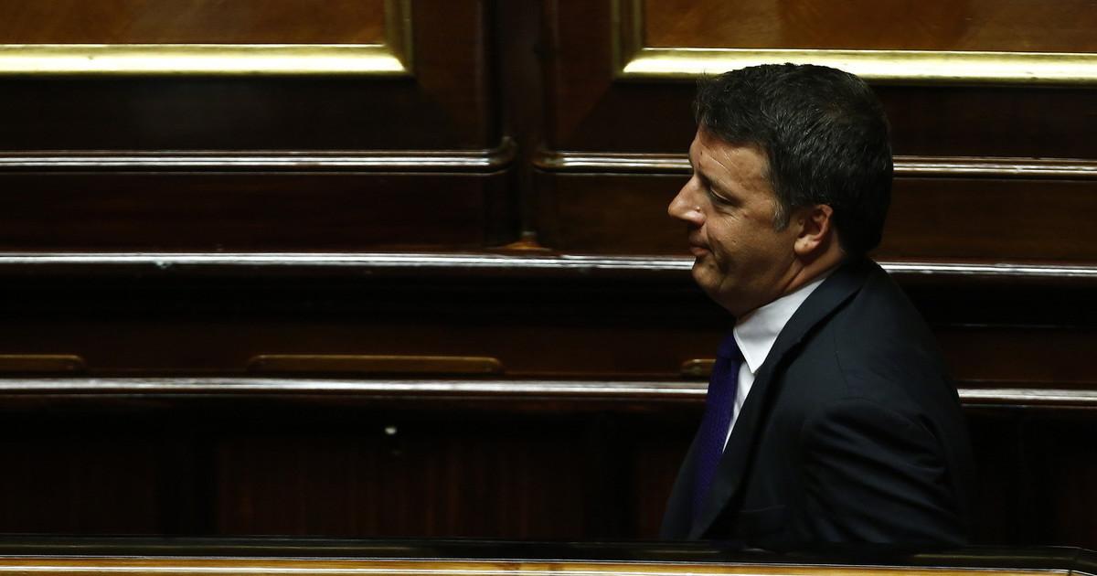 Ci vediamo domani pomeriggio. Ufficiale Renzi apre la crisi di governo un salto nel vuoto con pochissimi precedenti