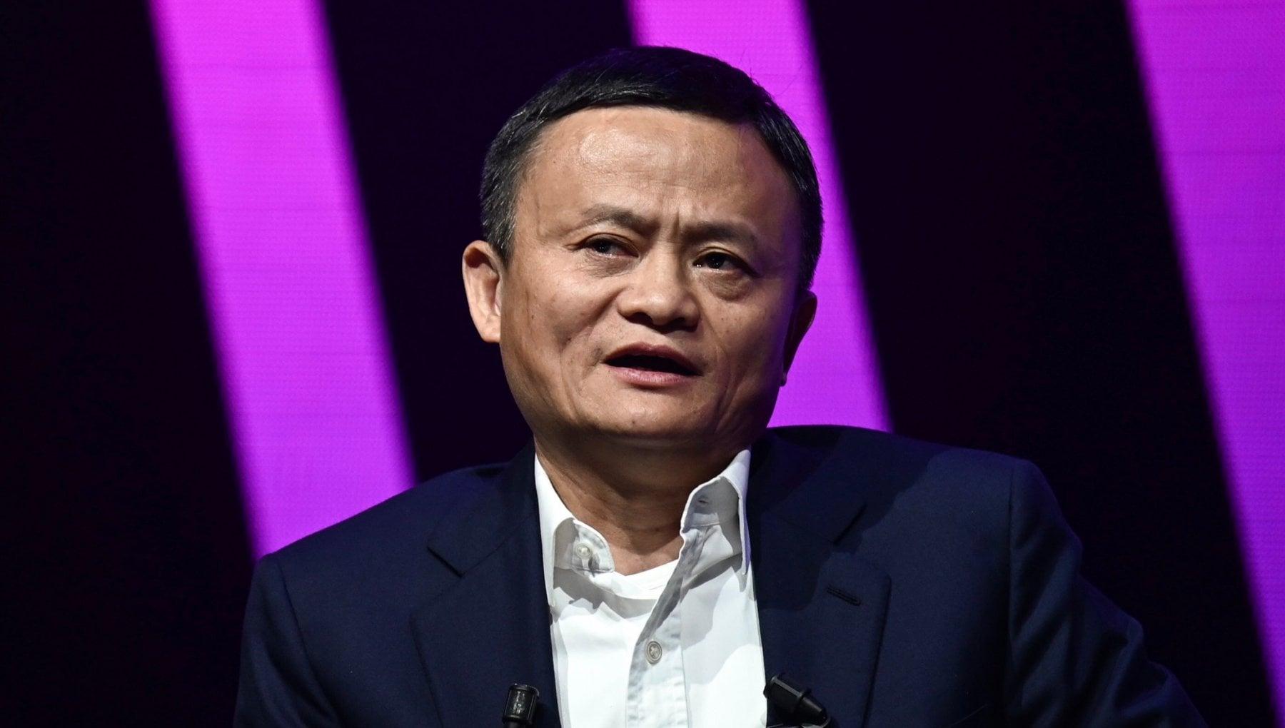 Cina riappare in pubblico il miliardario Jack Ma