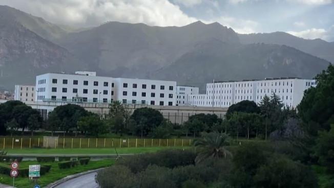 Coronavirus Palermo focolaio al carcere Pagliarelli 31 contagi