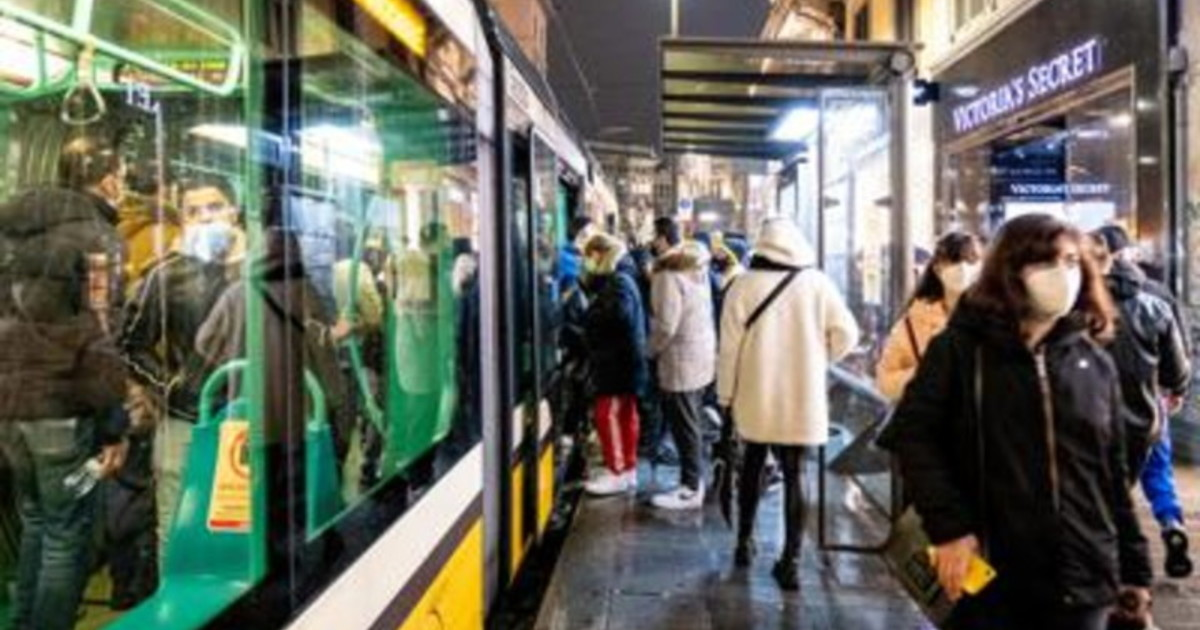 Coronavirus Ricciardi su mezzi pubblici servono mascherine Ffp2