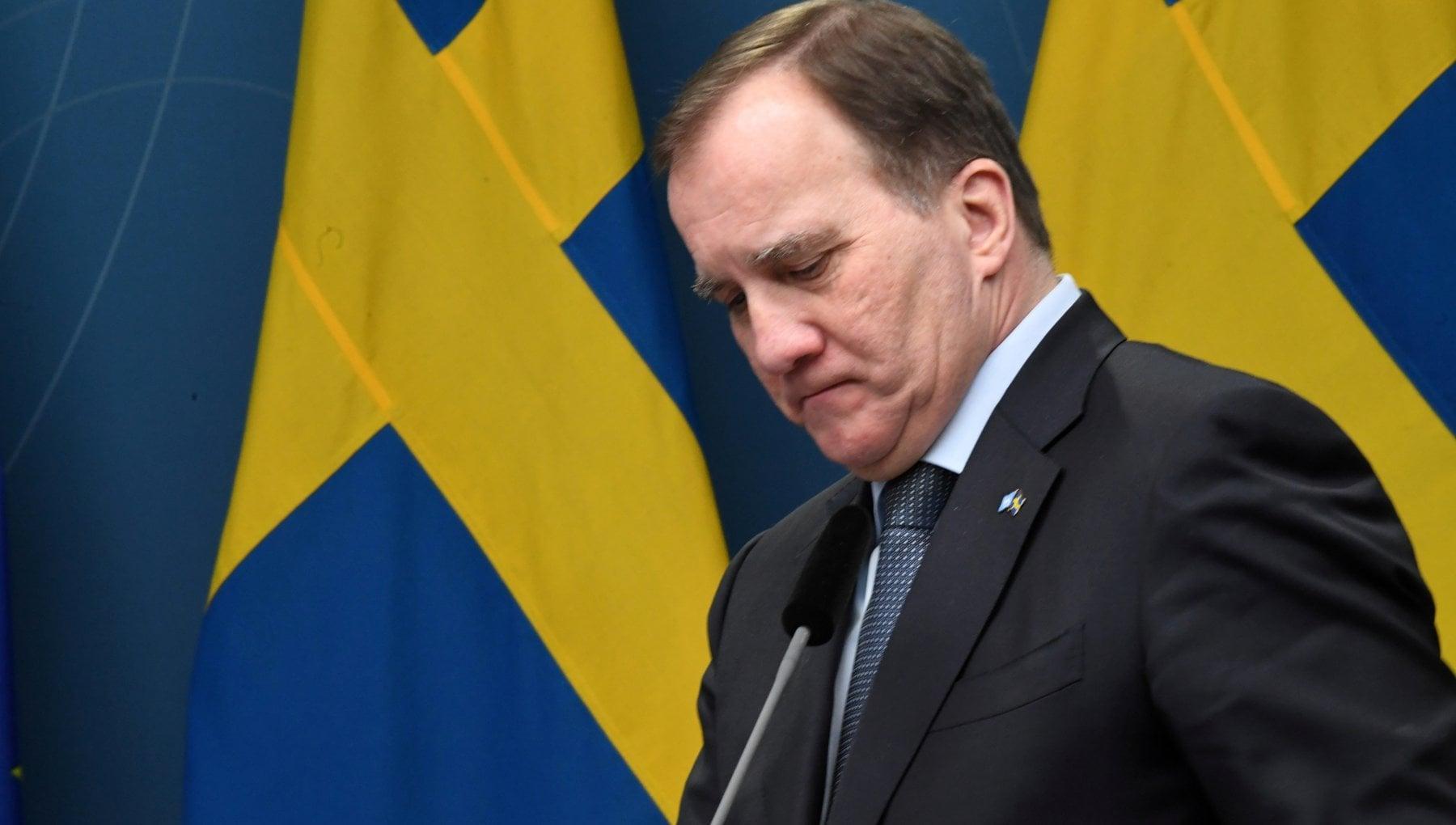 Coronavirus la Svezia cambia rotta via libera a chiusure e multe